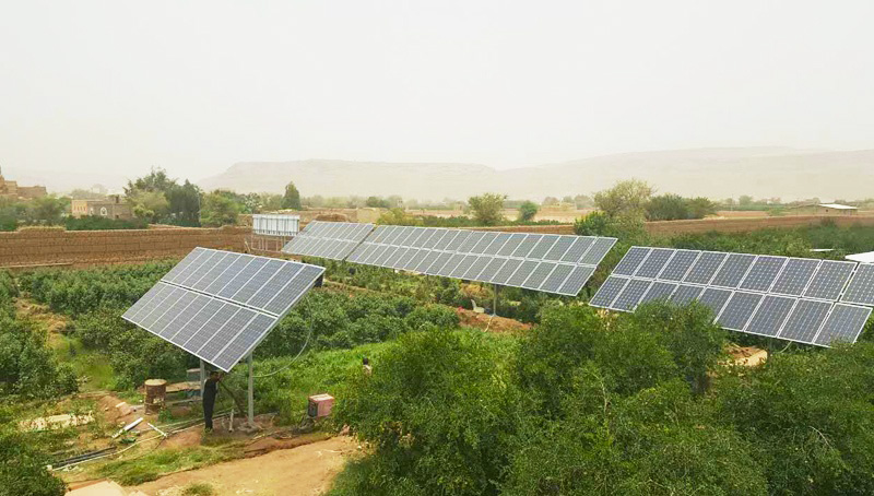 瑞峰安装于也门首都萨纳的22千瓦光伏水泵系统用于农业灌溉