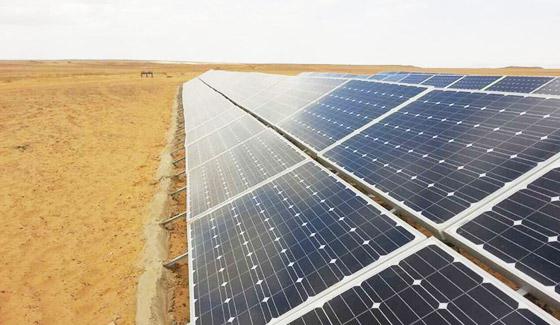 2015年5月,瑞峰在埃及亚历山大的78千瓦地面光伏电站项目。